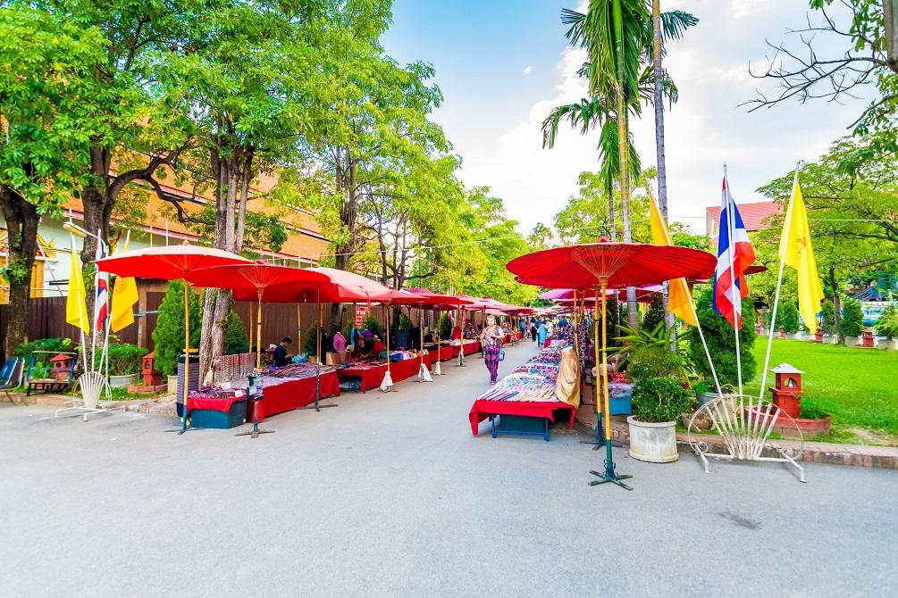 Sunday Street market , In Wat Phra Singh temple